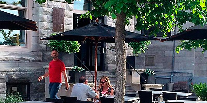 Tourisme Montréal: 10 EXCELLENTES TERRASSES DE RESTAURANTS À MONTRÉAL